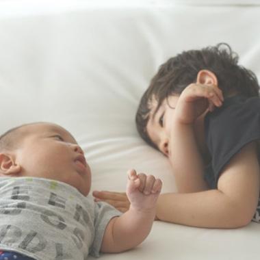 子供と寝るならローベッドがおすすめ!