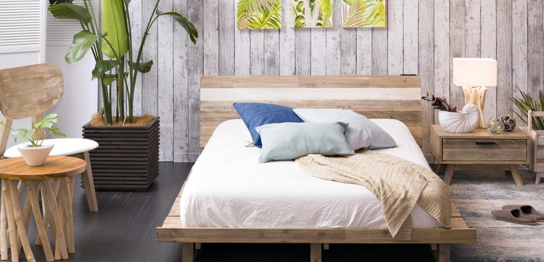 MALIBUローベッドベッドをティータイムや読書まで楽しめるスペースに。